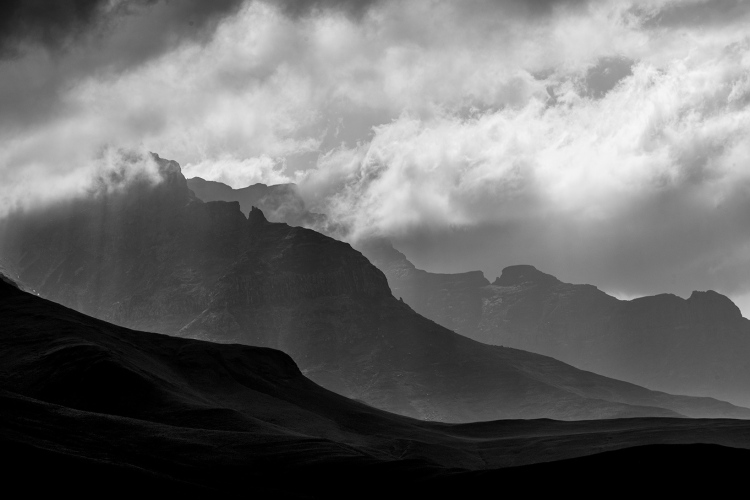"""alt=""""add layers to your composition to create depth in landscape photography"""""""